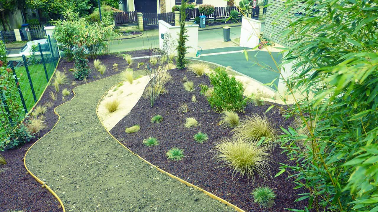 Aménagement plantation création d'une allée de garage en enrobé - Chessy (77)